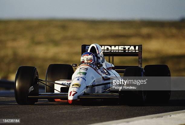Nicola Larini drives the Osella Squadra CorseOsella FA1M89 Ford Cosworth DFR 35 V8 during prequalifying for the Portuguese Grand Prix on 22nd...
