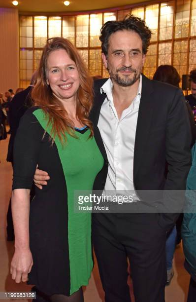 Nicola Mommsen and Oliver Mommsen attend the Ab jetzt theater premiere on January 26 2020 in Berlin Germany
