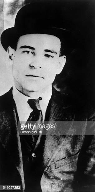 Nicola Sacco*18921927Anarchosyndikalist USAwurde mit seinem Kollegen Bartolomeo Vanzetti trotz erwiesener Unschuld wegen Raubmordes...