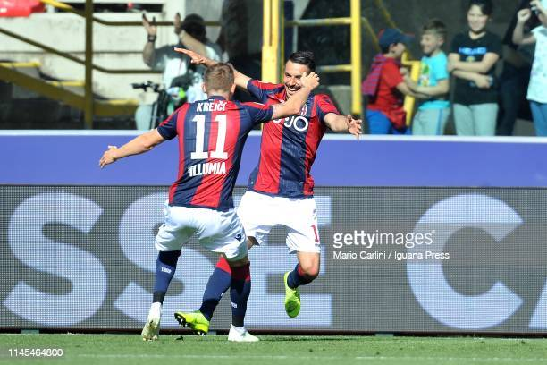 Nicola Sansone of Bologna FC celebrates after scoring his team's third goal during the Serie A match between Bologna FC and Empoli at Stadio Renato...