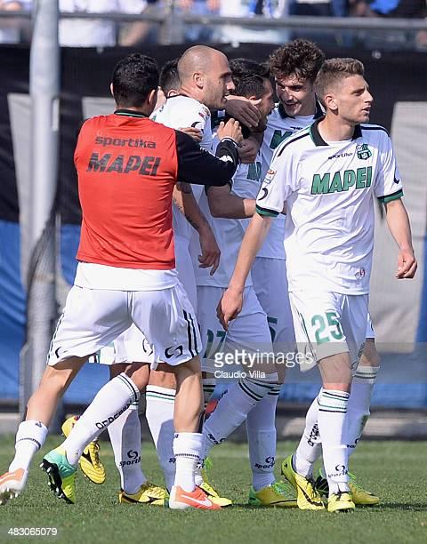 Nicola Sansone of US Sassuolo Calcio celebrates scoring the second goal during the Serie A match between Atalanta BC and US Sassuolo Calcio at Stadio...