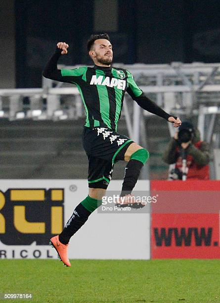 Nicola Sansone of US Sassuolo celebrates after scoring his team's first goal during the Serie A match between AC Chievo Verona and US Sassuolo Calcio...