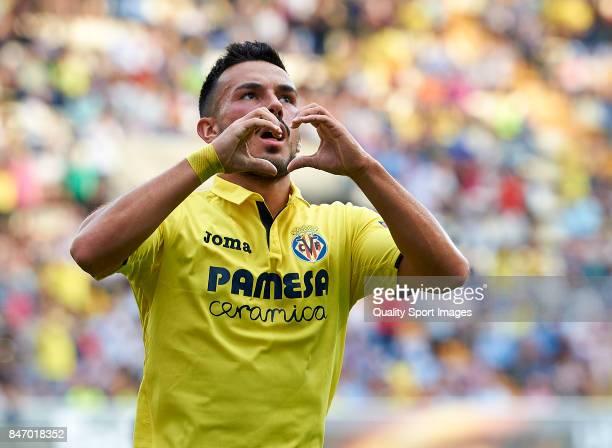 Nicola Sansone of Villarreal celebrates after scoring a goal during the UEFA Europa League group A match between Villarreal CF and FK Astana at...