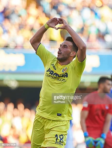 Nicola Sansone of Villarreal CF celebrates his goal during the day 4 of La Liga match at Estadio El Madrigal on September 18 2016 in Villarreal Spain