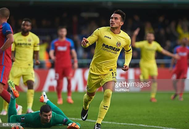 Nicola Sansone of Villarreal CF celebrates his goal during the UEFA Europa League group L football match beetween Villarreal CF and Steaua Bucuresti...