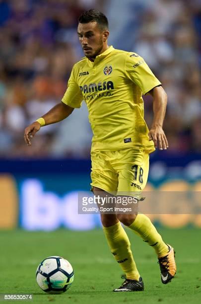 Nicola Sansone of Villarreal in action during the La Liga match between Levante and Villarreal at Ciutat de Valencia on August 21 2017 in Valencia