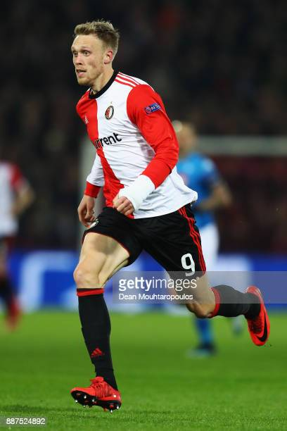 Nicolai Jorgensen of Feyenoord in action during the UEFA Champions League group F match between Feyenoord and SSC Napoli at Feijenoord Stadion on...