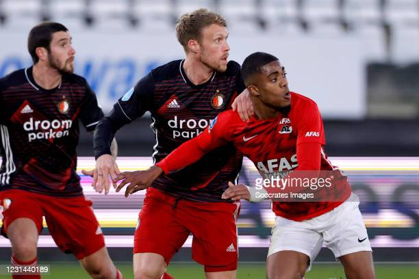 Nicolai Jorgensen of Feyenoord, Myron Boadu of AZ Alkmaar during the Dutch Eredivisie match between AZ Alkmaar v Feyenoord at the AFAS Stadium on...