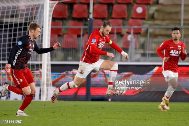 Nicolai Jorgensen of Feyenoord, Teun Koopmeiners of AZ Alkmaar during the Dutch Eredivisie match between AZ Alkmaar v Feyenoord at the AFAS Stadium...
