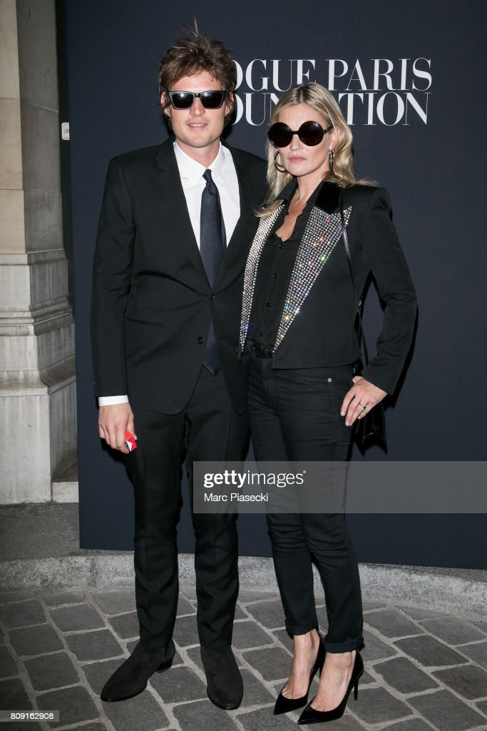 Nicolai Von Bismarck and supermodel Kate Moss attend Vogue Foundation Dinner during Paris Fashion Week as part of Haute Couture Fall/Winter 2017-2018 at Musee Galliera on July 4, 2017 in Paris, France.