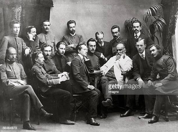 Nicolai Y Shokovsky with students at the seminar Founder of modern aerodynamics From 1918 on he was first head of the Institute for Aerodynamics in...