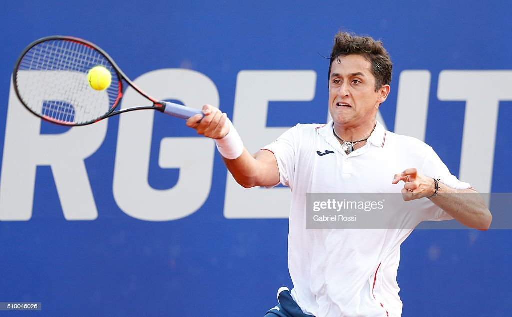 Nicolas Almagro of Spain takes a forehand shot during a match between Nicolas Almagro of Spain and David Ferrer of Spain as part of ATP Argentina Open at Buenos Aires Lawn Tennis Club on February 13, 2016 in Buenos Aires, Argentina.