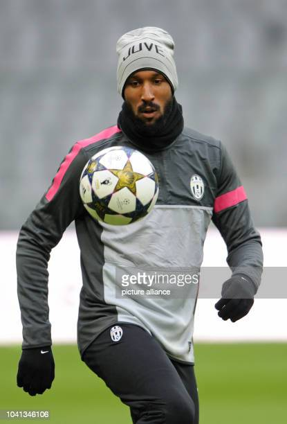 Nicolas Anelka of the first division club Juventus Turin takes part in the final training at the Allianz Arena in Munich Germany 01 April 2013...
