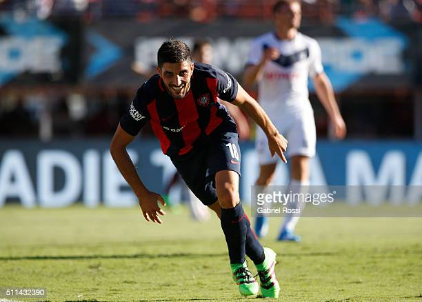 Nicol‡as Blandi of San Lorenzo celebrates after scoring the first goal of his team during the 4th round match between San Lorenzo and Velez Sarsfield...