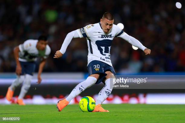 Nicolas Castillo of Pumas scores the first goal of his team during the quarter finals first leg match between Pumas UNAM and America as part of the...