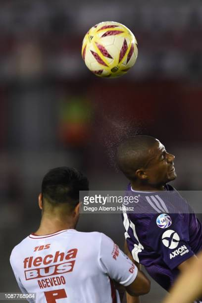 Nicolas De la Cruz of River Plate and Nelson Acevedo of Union Santa Fe in action during a match between River Plate and Union as part of Round 12 of...