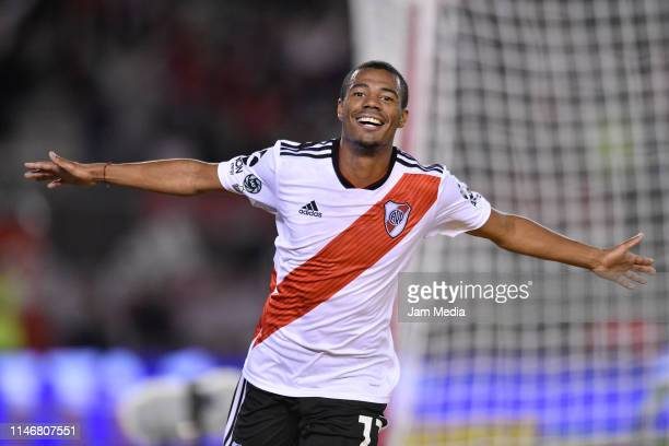 Nicolas De La Cruz of River Plate celebrates scoring the fifth goal of his team during round of sixteen second leg match between River Plate and...