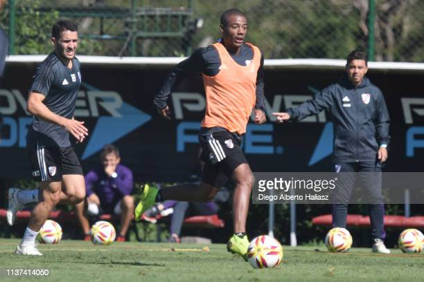 Nicolas De la Cruz of River Plate controls the ball during a training session at River Camp Ezeiza on March 21 2019 in Buenos Aires Argentina