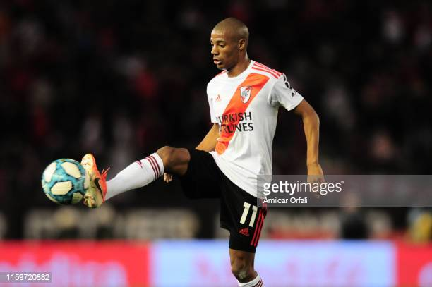 Nicolas De la Cruz of River Plate in action during a match between River Plate and Lanús as part of Superliga Argentina 2019/20 at Estadio Monumental...