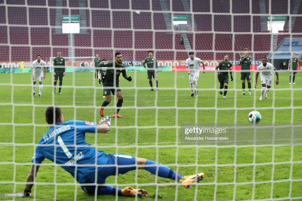 FC Augsburg v VfB Stuttgart - Bundesliga : ニュース写真