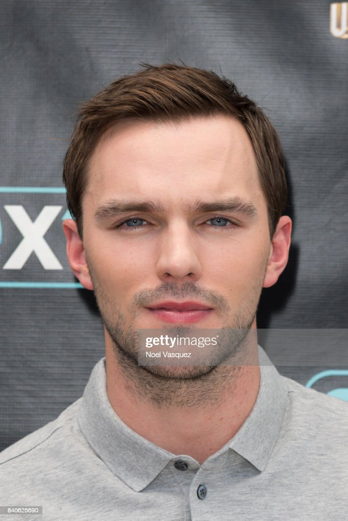 "Nicolas Hoult And Danny Strong Visit ""Extra"""