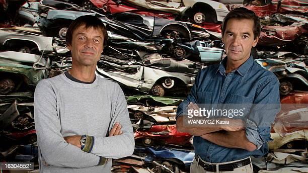 Nicolas Hulot And JeanAlbert Lelievre Achieve A Documentary Film On The Planet In Danger Paris 17 septembre 2009 Nicolas HULOT a corélisé avec...