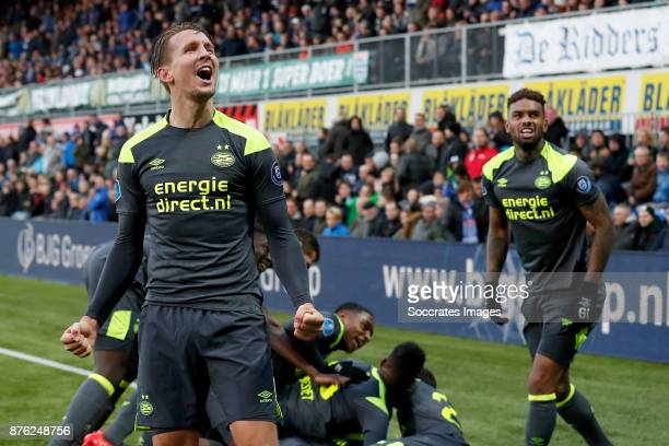 Nicolas Isimat of PSV celebrates 0-1 with Luuk de Jong of PSV, Jurgen Locadia of PSV during the Dutch Eredivisie match between PEC Zwolle v PSV at...