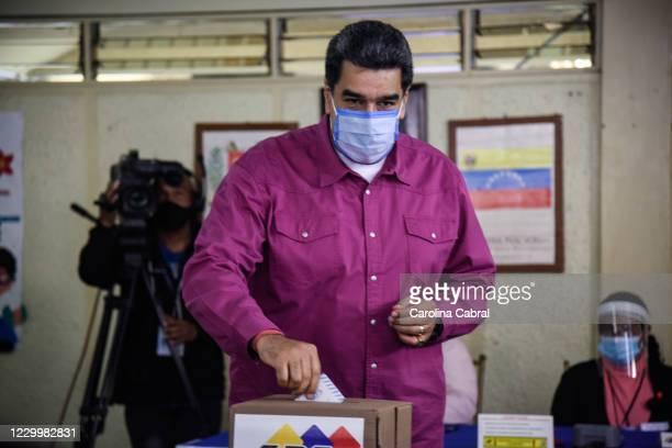 Nicolas Maduro enters to vote at Ecological School Simon Rodriguez on December 6, 2020 in Caracas, Venezuela. The ruling party of Nicolás Maduro...