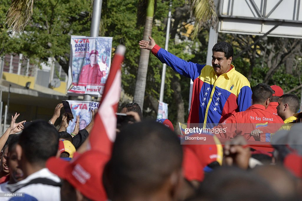 Candidates Hold Final Campaign Rallies Ahead Of Venezuelan Congressional Elections : News Photo