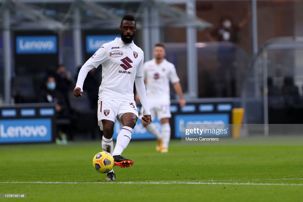 Nicolas N'Koulou of Torino FC in action   during the Serie A... : ニュース写真