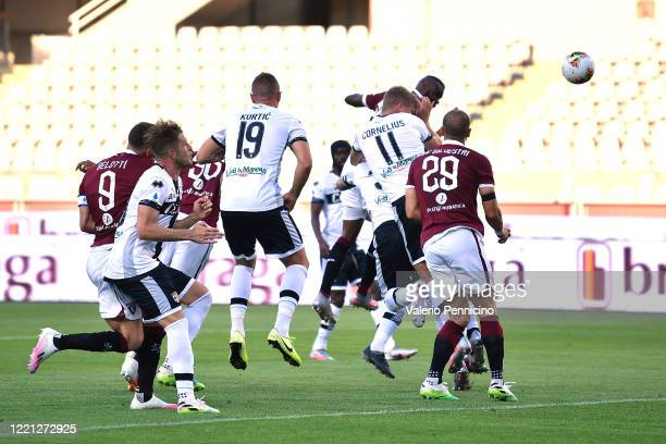 Nicolas Nkoulou of Torino FC scores the opening goal during the Serie A match between Torino FC and Parma Calcio at Stadio Olimpico di Torino on...