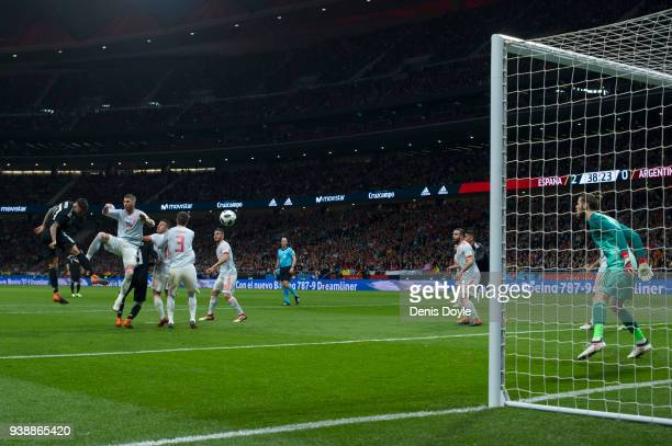 Nicolas Otamendi of Argentina scores his sides first goal during the International Friendly between Spain and Argentina on March 27 2018 in Madrid...