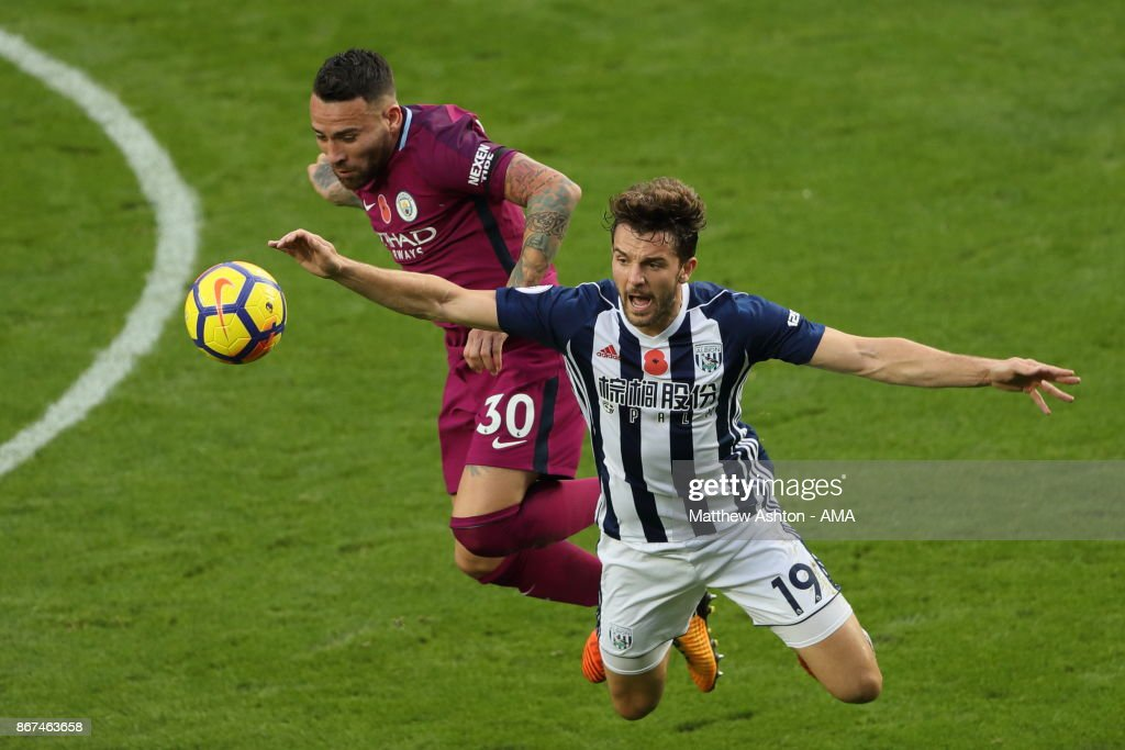 Nicolas Otamendi of Manchester City and Jay Rodriguez of West Bromwich Albion during the Premier League match between West Bromwich Albion and Manchester City at The Hawthorns on October 28, 2017 in West Bromwich, England.