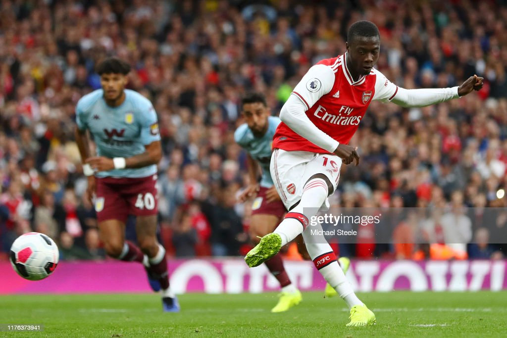 Arsenal FC v Aston Villa - Premier League : ニュース写真