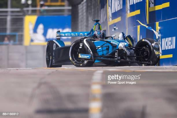 Nicolas Prost of France from Renault edams crashes out in the Formula E Qualifying Session 1 during Formula E on December 2 2017 in Hong Kong Hong...