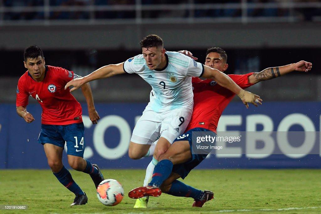 Chile U23 v Argentina U23 - CONMEBOL Preolimpico Colombia 2020 : News Photo