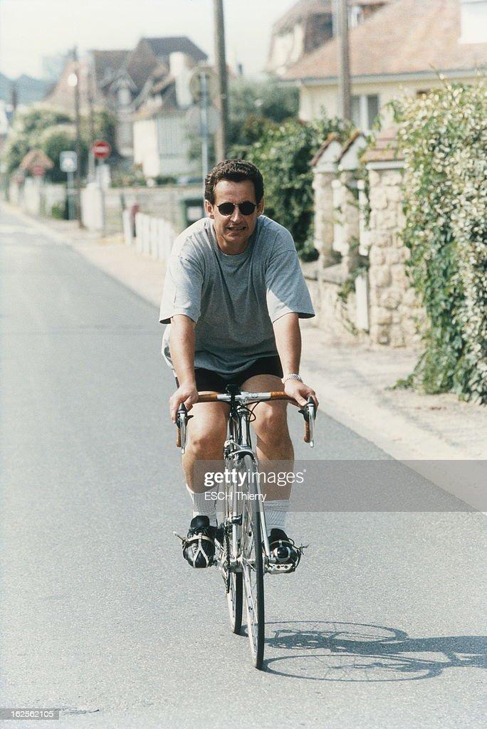 Nicolas Sarkozy On Holiday In Normandy Nicola Sarkozy En Vacances A News Photo Getty Images