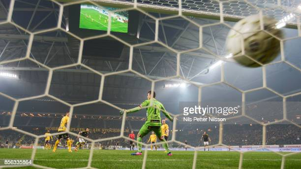 Nicolas Stefanelli of AIK scores the decisive goal to 52 during the Allsvenskan match between AIK and IF Elfsborg at Friends Arena on October 1 2017...