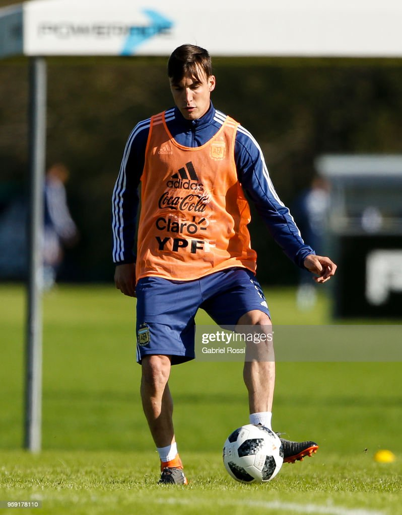 Nicolas Tagliafico controls the ball of Argentina during a traning session as part of the preparation for the FIFA World Cup Russia at Julio Humberto Grondona Training Camp on May 16, 2018 in Ezeiza, Buenos Aires, Argentina.