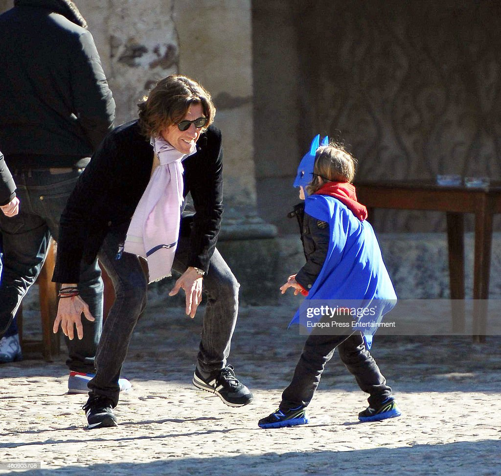 Nicolas Vallejo Nagera and Family Sighting in Segovia - december 29, 2014