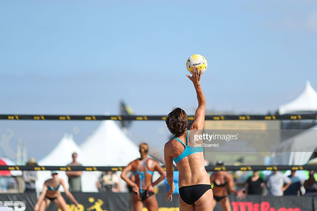 Nicole Branagh serves the ball during her round 3 match at the AVP Manhattan Beach Open - Day 3 on August 19, 2017 in Manhattan Beach, California.