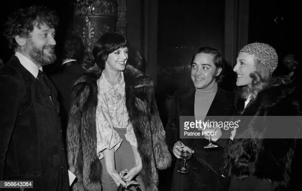 Nicole Courcel et Anny Duperey à la 1ère de 'Orphée aux Enfers' à Paris le 5 décembre 1972 France