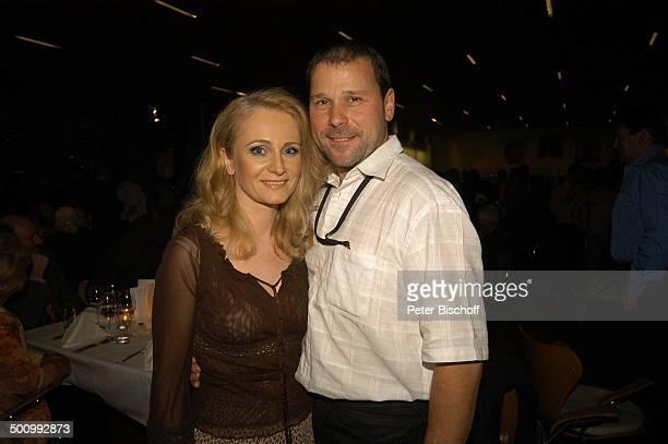 Nicole Ehemann Winfried Seibert AftershowParty nach ZDFShow Willkommen bei C a r m e n N e b e l Dornbirn/ Österreich PNr 755/2005 Messestadion...
