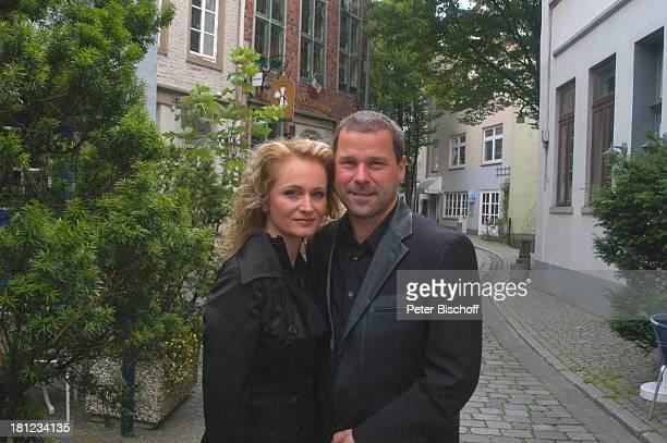 Nicole Ehemann Winfried Seibert ZDFMusikshow Traumland Deutschland Eine musikalische F l u s s k r e u z f a h r t auf der Weser Bremen Schnoor...