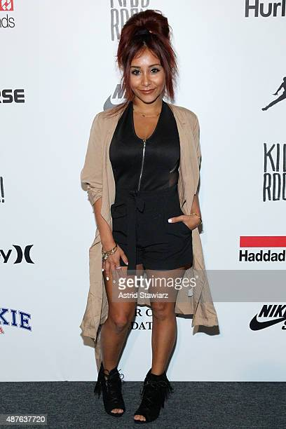Nicole Elizabeth Snooki LaValle poses backstage at the Kids Rock fashion show during Spring 2016 New York Fashion Week The Shows at The Dock Skylight...