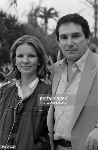 Nicole Garcia et Robert Hossein lors du Festival de Cannes en mai 1981 France