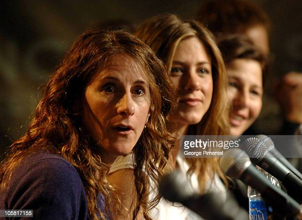 Nicole Holofcener director Jennifer Aniston and Catherine Keener