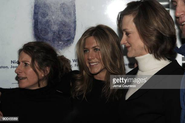 Nicole Holofcener director of Friends with Money Jennifer Aniston and Joan Cusack