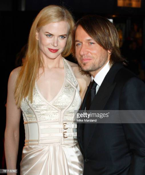 Nicole Kidman and Keith Urban arrives at the World Premiere of The Golden Compass at the Odeon Leicester Square in London on the 27 November 2007