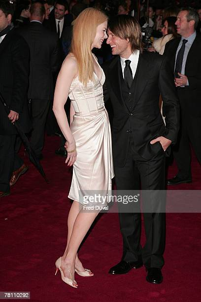 Nicole Kidman and Keith Urban attend the world premiere of 'The Golden Compass' held at the Odeon Leicester Square on November 27 2007 in London...